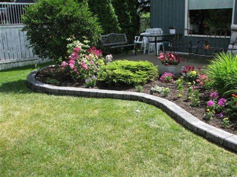 aiuole giardino fai da te cordoli per aiuole fai da te interessante idee giardino