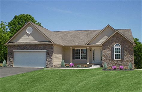 1 story homes one story homes search home plans one story homes hip roof and home