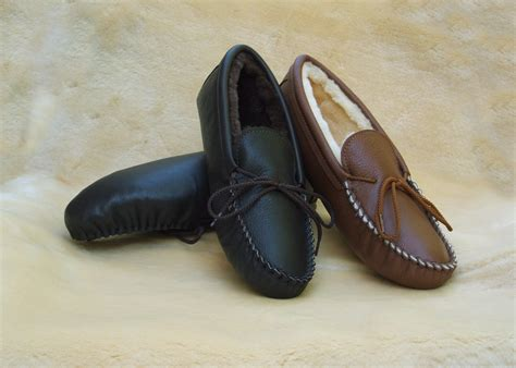 slippers made in usa footskins 174 mens deertan slippers sheepskin lined sizes 6