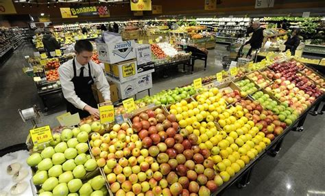 shoppers drive competition as new grocers expand in suburbs