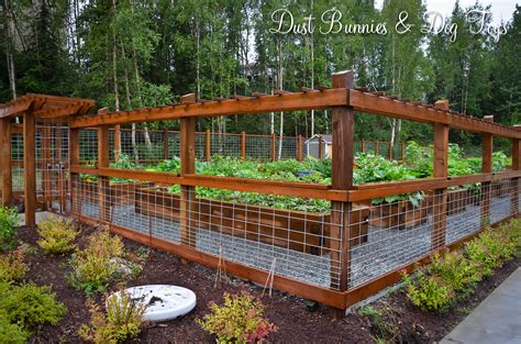 Simple Garden Fence Ideas Simple Hog Panel Fence Patio Remodel