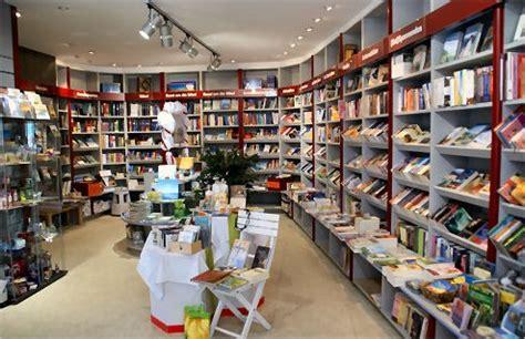 librerias venezuela la dificultad de comprar libros cristianos en venezuela