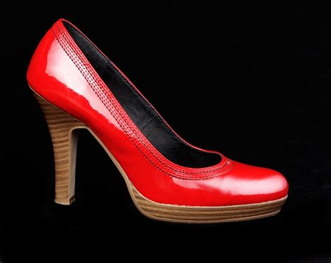 platform shoes the trendy and comfortable footwear