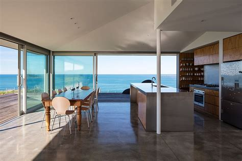 European Style Houses visual treat 20 captivating kitchens with an ocean view