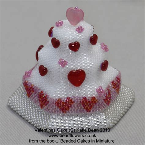 beaded cake beaded cakes book beadwork by dean