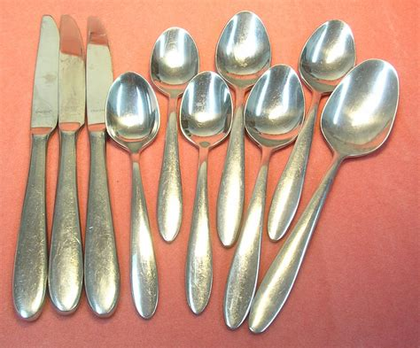 How To Use Kitchen Knives oneida mooncrest 10pc stainless flatware silverware