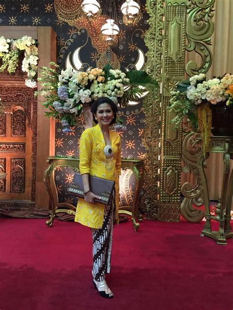 Kain Batik Prada 1 Set 2 26 best kebaya wisuda images on kebaya indonesia kebaya lace and modern kebaya