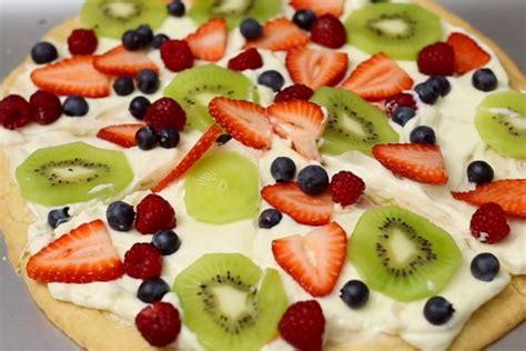 membuat adonan pizza yang benar 5 cara membuat pizza spesial yang sederhana tapi enak dan