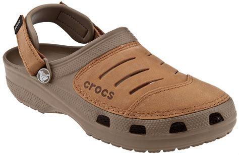 Sepatu Crocs Boulder Colorado sandalias crocs yukon cuero ocre hombre envio gratis