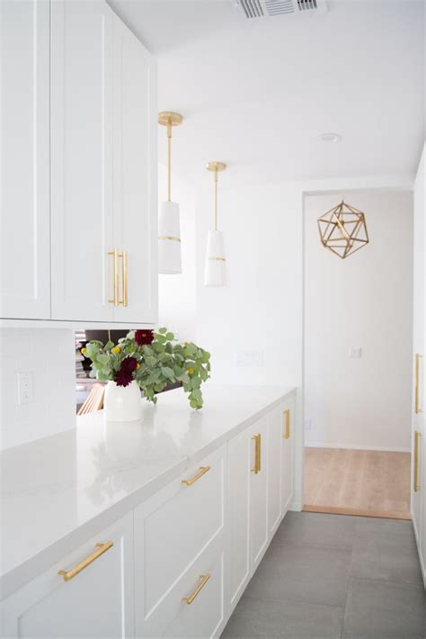 ikea white kitchen cabinets 25 best ideas about ikea kitchen on white