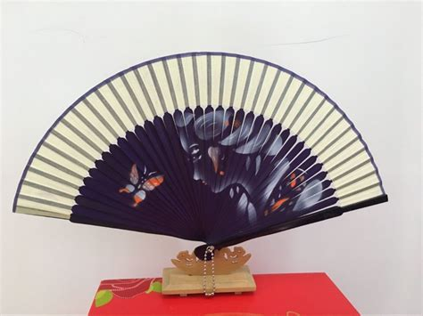 where to buy hand fans chinese bamboo hand folding fans with high quality buy