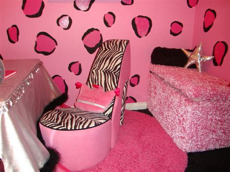 zebra and hot pink 11 year old girl teen girls bedroom fashionable teen hangout lounge design dazzle