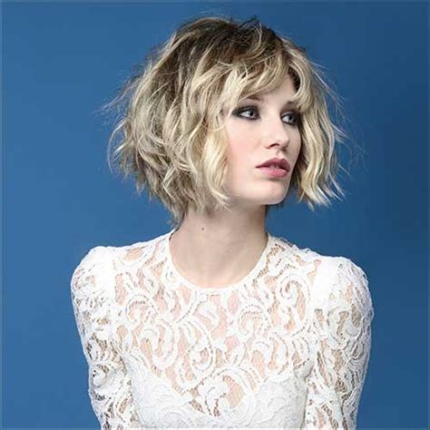 haircuts tousled bob tousled and choppy bob hair style with loose waves