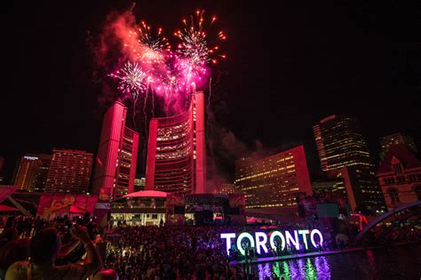 events toronto the top 10 canada day fireworks in toronto for 2017