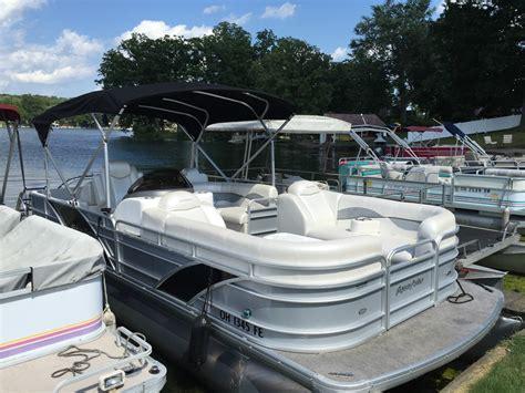 aqua patio pontoon godfrey pontoons aqua patio 240 sl boat for sale from usa