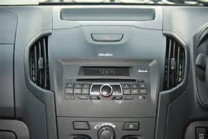 Isuzu Radio Isuzu Kb 250 D Teq Cab 4x4 Le 2015 Review Cars