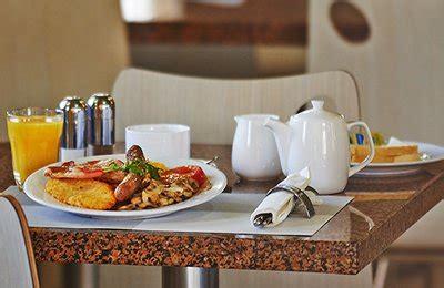 comfort inn breakfast menu breakfast dining menus comfort inn suites burwood