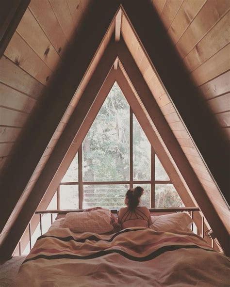 triangle bedroom design 25 best ideas about upstairs bedroom on pinterest floor
