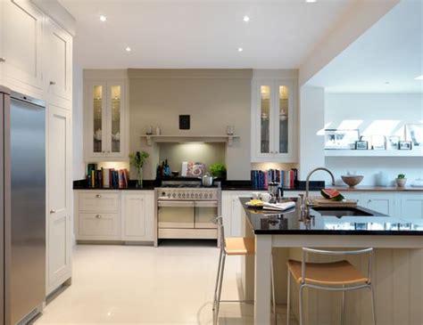 farrow and ball kitchen ideas harvey jones shaker kitchen finished in farrow ball