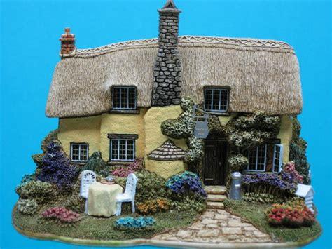 Lilliput Cottages 1000 images about lilliput on tea caddy