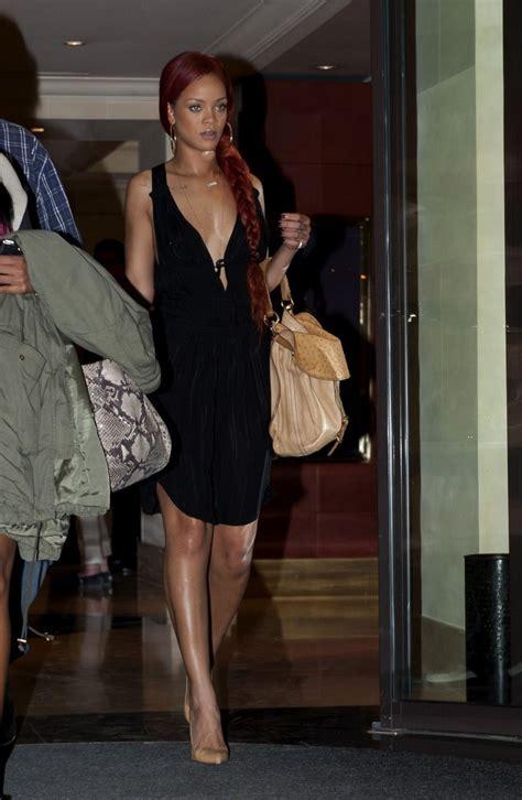 pictures rihanna wears   cut dress  paris rihanna