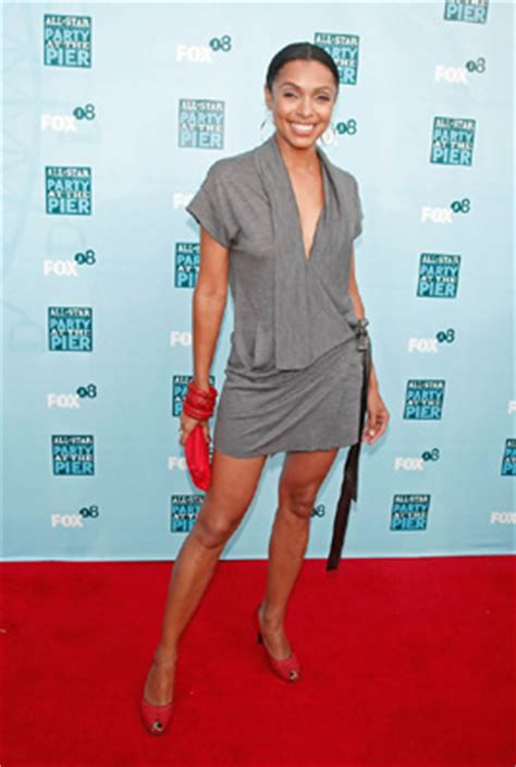 tamara taylor body celebrity measurements and bra sizes online part 125
