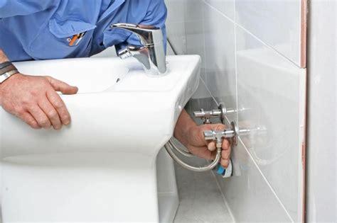 Installation D Un Bidet by Remplacer Bidet Par Un Wc Mesd 233 Panneurs Fr