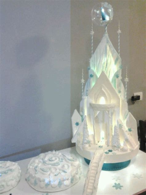 Disney Princess Decor Castello Di Frozen Torta Cake Torte Pinterest