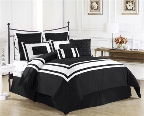Black And White Bedding by Luxurious Black And White Comforters For Your Bedroom
