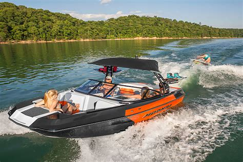 moomba helix review boats - Moomba Wakeboard Boats Reviews