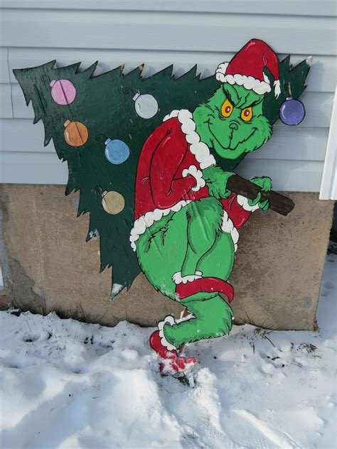 the grinch lawn ornament by monicasugg on deviantart