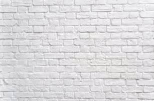 White brick bg tv deets