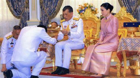 tahapan prosesi penobatan raja thailand berlangsung  hari