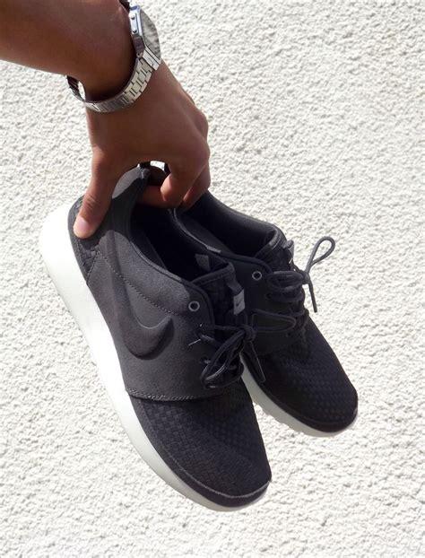 Nike Free 5 0 Cewe 1000 ideas about all black nikes on black