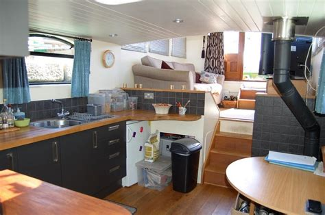 2 bedroom houseboat for sale 2 bedroom house boat for sale in islington wharf st