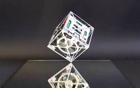 Balance Cube researchers develop robot cube that can balance jump and walk technology news
