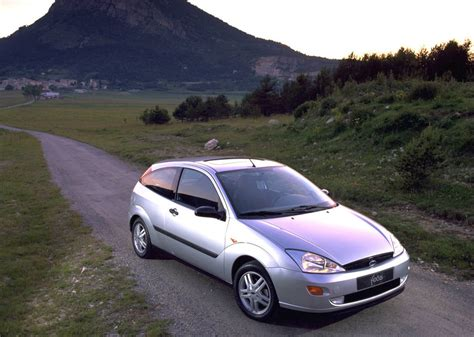 how do i learn about cars 1998 ford escort auto manual ford focus gets used car of the decade award autoevolution