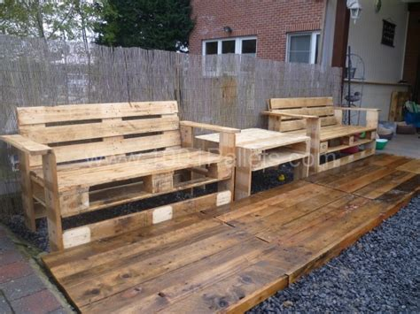 diy pallet project 20 amazing diy pallet projects for your garden