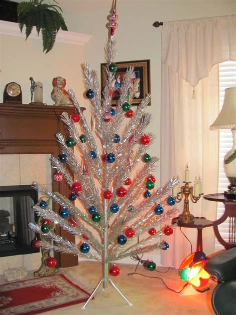 aluminum christmas tree and color wheel 6 1 2 ft mid