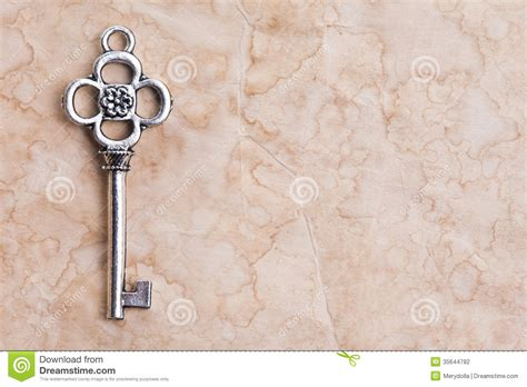 How To Make Paper Key - vintage key stock photography image 35644782
