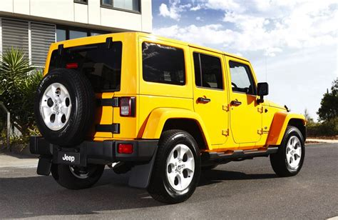 jeep wrangler overland 2013 jeep wrangler overland brings luxury to rugged off