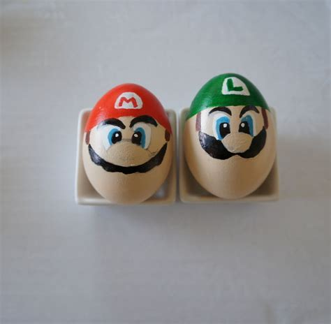 Egg Mario Bros coloring easter eggs in the style of mario diy is