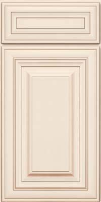 Kraftmaid White Kitchen Cabinets by 1000 Ideas About Kraftmaid Cabinets On Pinterest