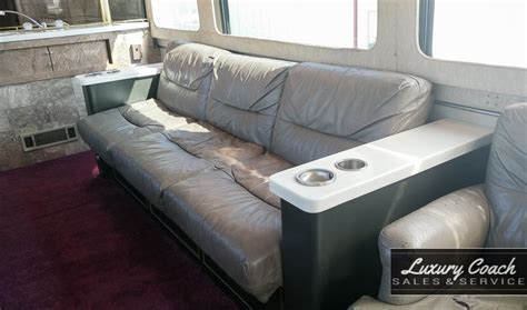Luxury Couches For Sale by 1980 Mci Mc 9 Built For Budweiser Luxury Coach Sales