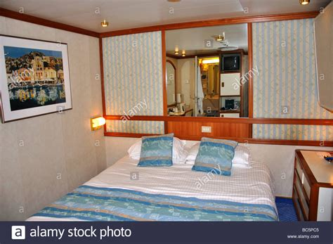 P And O Oceana Cabins by Inside Cabin P O Oceana Cruise Ship Sea Europe