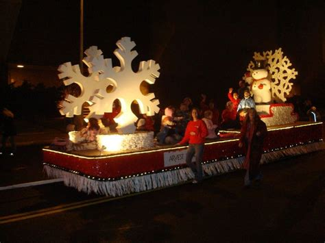 christmas with with christian theme 1000 ideas about parade floats on float ideas