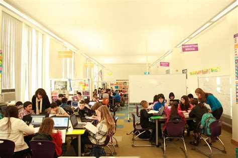 york high school classroom some benefits and drawbacks of blended learning
