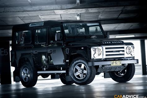 Land Rover Defender 110 2674215