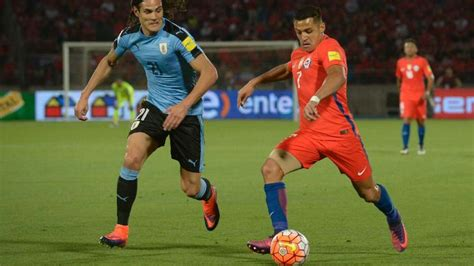 alexis sanchez off the ball movements alexis sanchez praised by chile boss after shrugging off