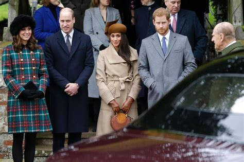 meghan markle to spend christmas with prince harry royal royal family christmas meghan markle joins for 1st